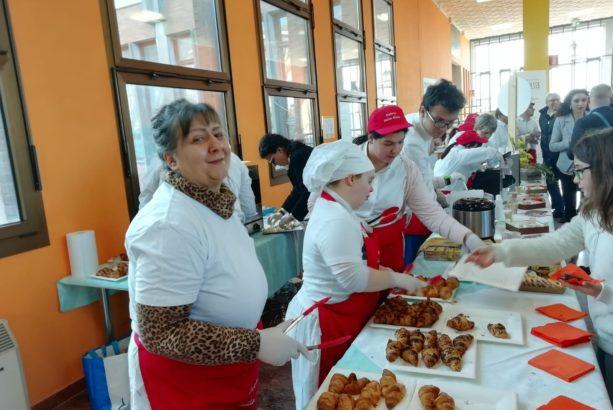 Rinfresco con l'associazione 'Osteria della Gioia' di Rovigo